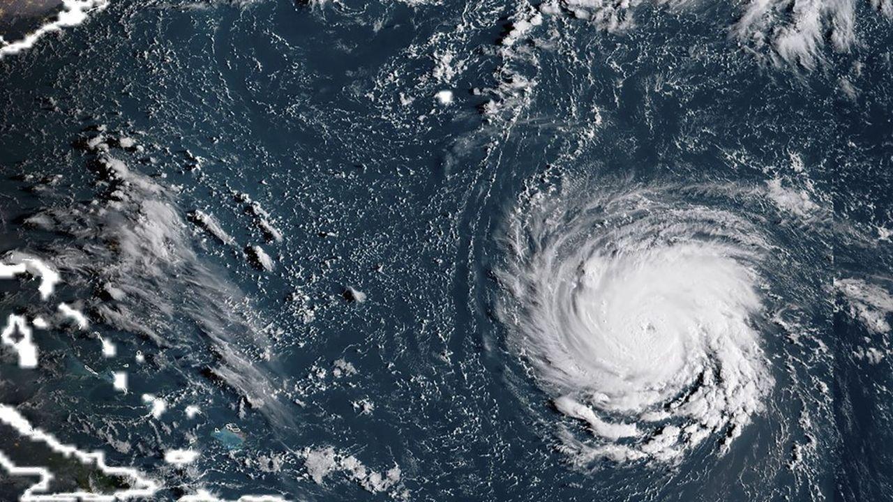 L'ouragan devrait forcir encore d'ici à ce qu'il atteigne les terres.