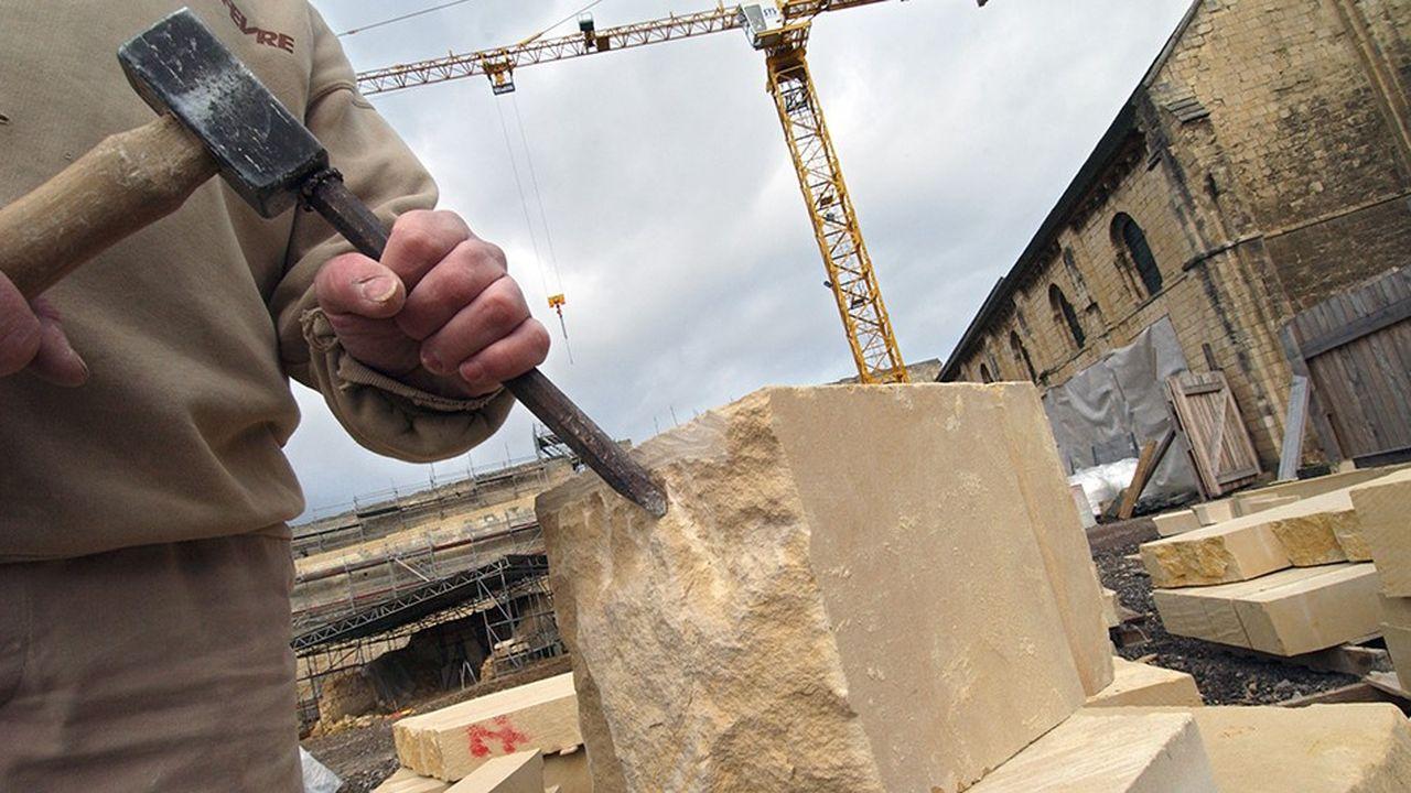 2205322_les-architectes-des-batiments-de-france-une-profession-en-peril-web-tete-0302249716872.jpg
