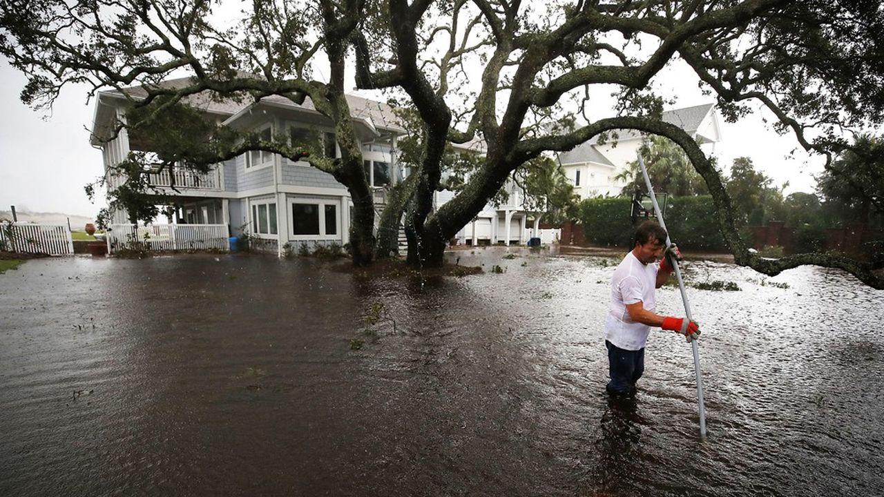 Les autorités s'attellent désormais à porter secours aux nombreux habitants piégés par les eaux.