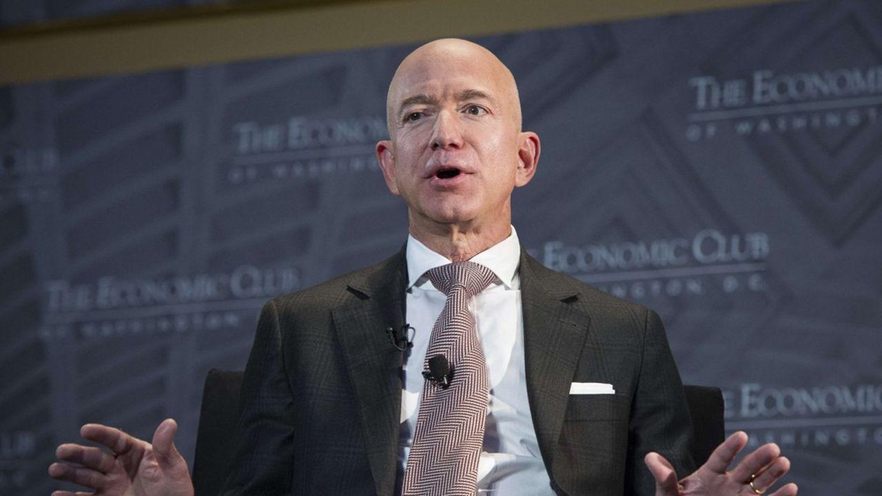 «Je me couche tôt, je me lève tôt, j'aime bien prendre mon temps le matin», a expliqué le fondateur et patron d'Amazon