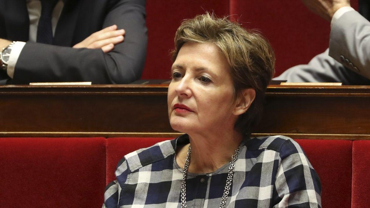 Frédérique Dumas a fait carrière dans le cinéma tout en menant une carrière politique au sein de la droite
