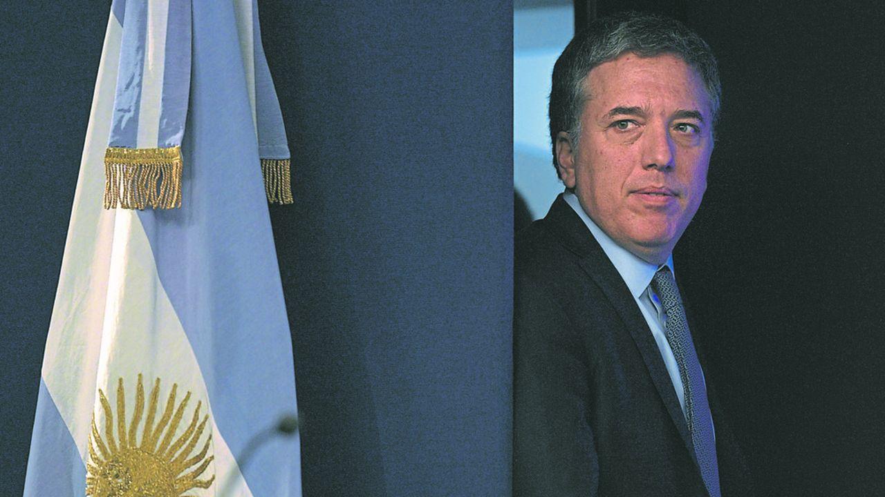 2205783_argentine-le-gouvernement-macri-presente-un-budget-de-crise-web-tete-0302265159454.jpg