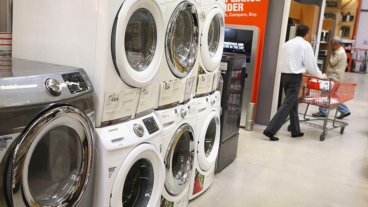 L'impact des tarifs douaniers décidés par Trump et déjà en vigueur, portant par exemple sur les machines à laver, est estimé à 60dollars par an sur les ménages américains.