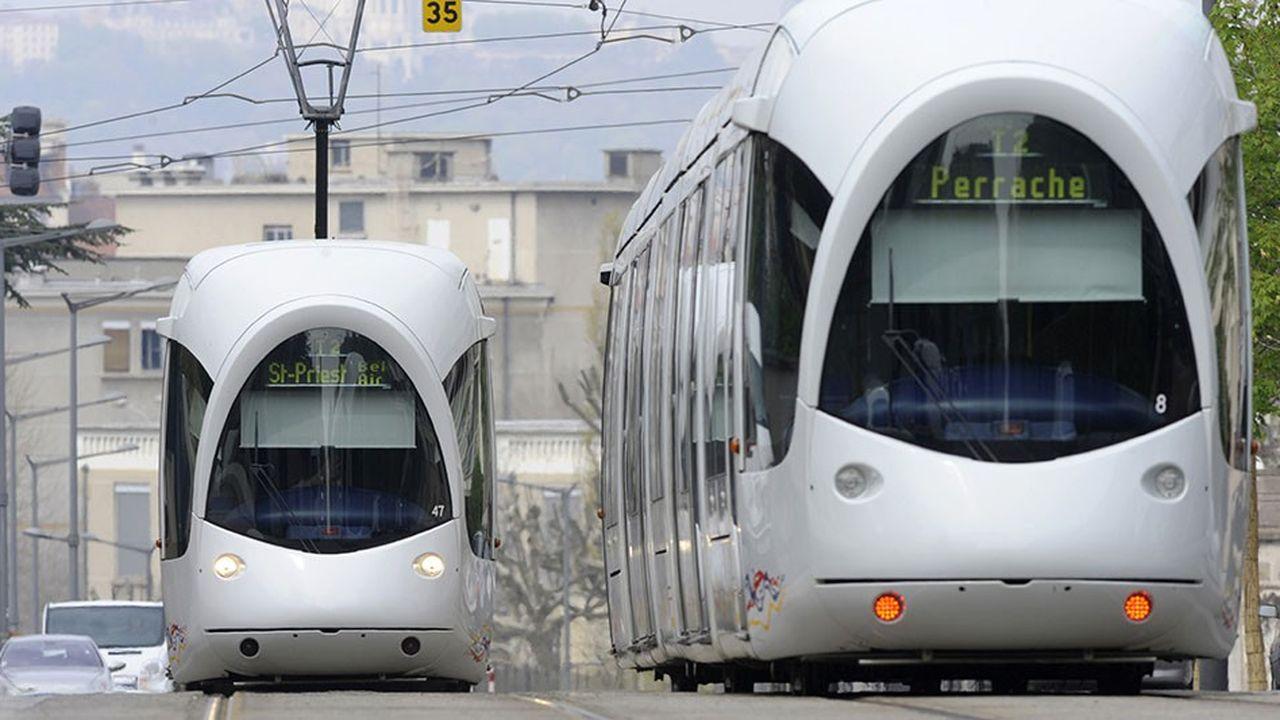 Tram dans le centre de Lyon.