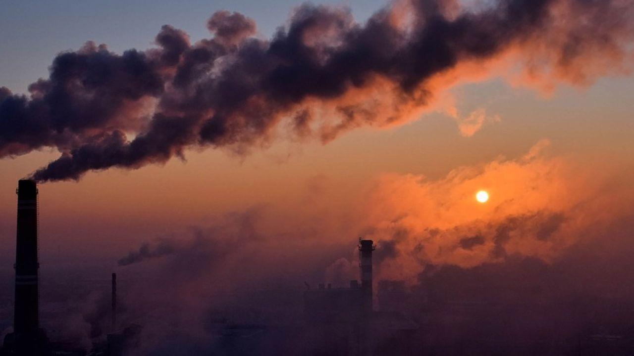 2206727_climat-la-banque-mondiale-prone-la-generalisation-de-la-taxe-carbone-web-tete-0302281532543.jpg
