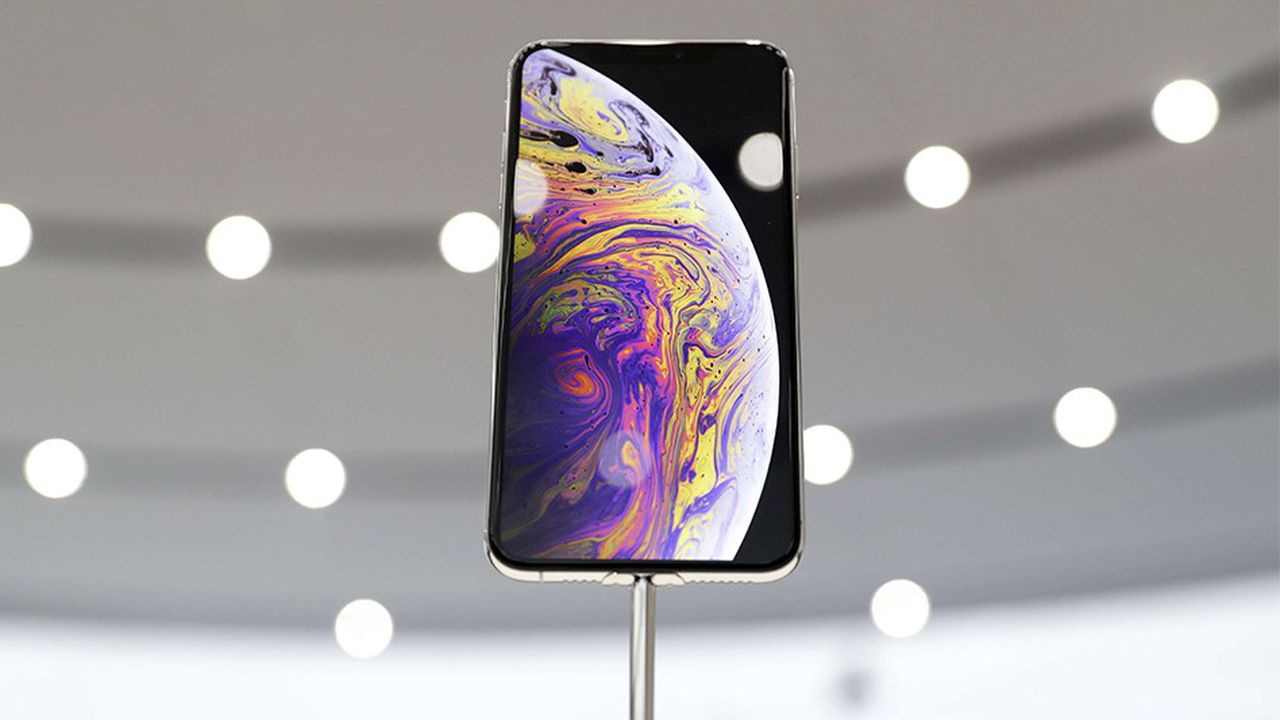 2207124_iphone-xs-pourquoi-apple-lance-ses-modeles-haut-de-gamme-en-premier-web-tete-0302281961660.jpg