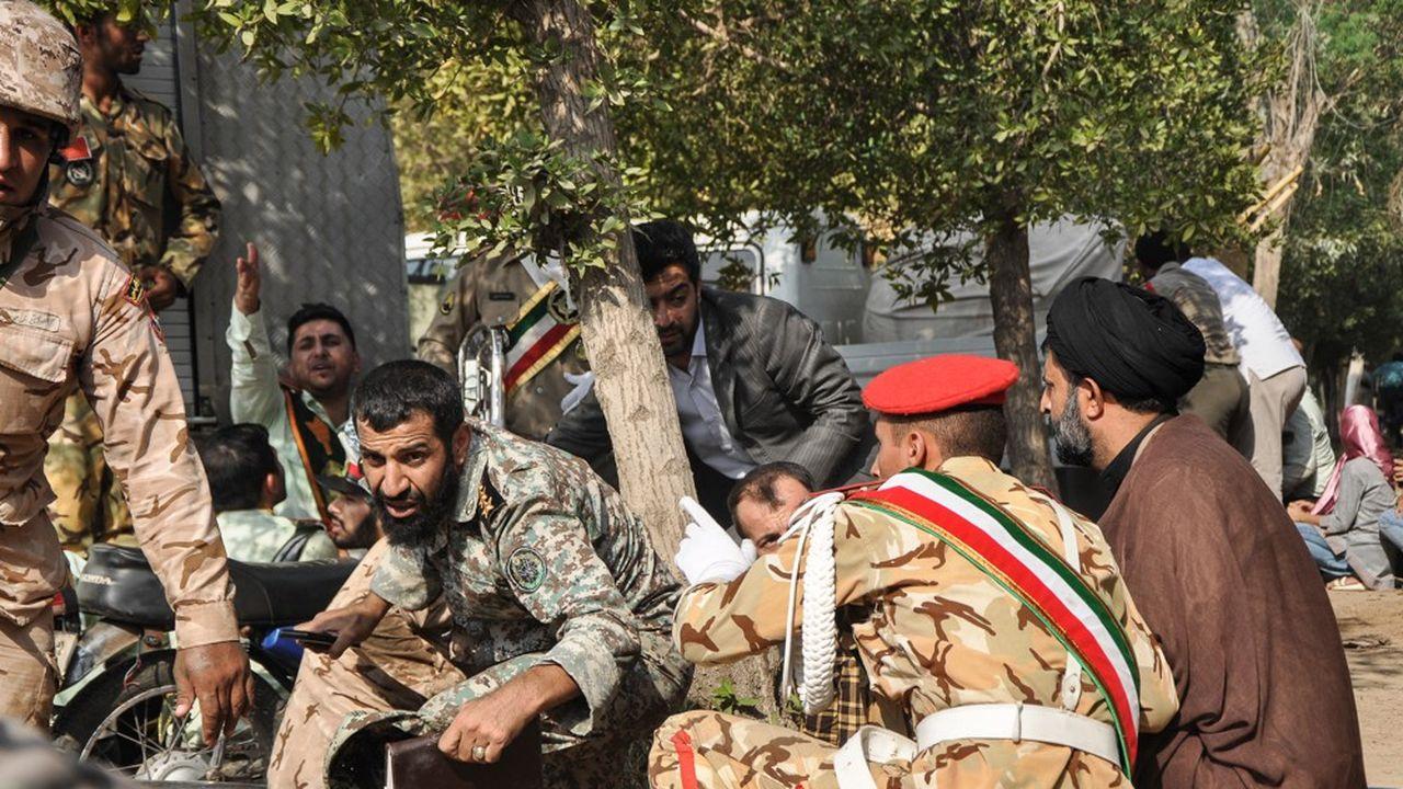 L'attaque a eu lieu alors que le pays marque la Journée nationale des forces armées iraniennes qui commémore chaque 22septembre le déclenchement, par Bagdad, de la guerre Iran-Irak (1980-1988).