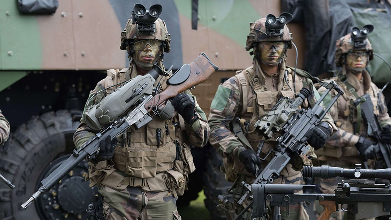 Un nouvel appel d'offres est lancé pour remplacer les fusils de précisions FR-F2 autrefois réalisés par la Manufcature de Saint-Etienne