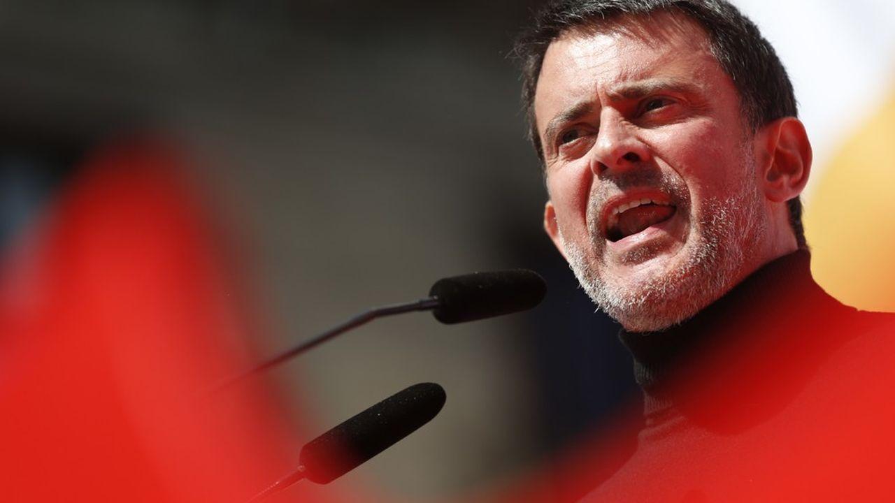 L'irruption de Manuel Valls dans la vie politique locale espagnole surprend, amuse et fait grincer à la fois