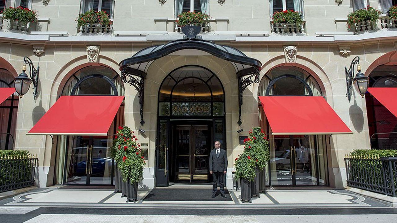 L'offre d'hôtellerie très haut de gamme est de plus en plus étoffée à Paris. Ici le Plaza Athénée.