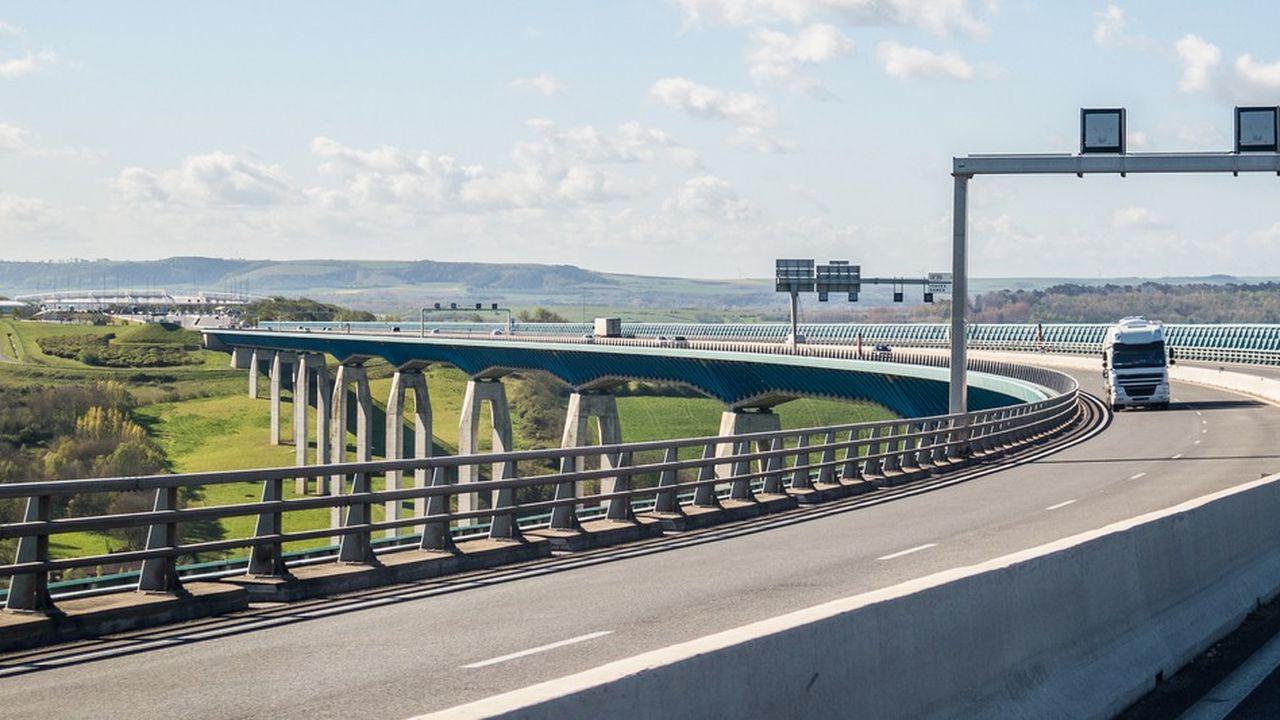 Sur le viaduc d'Echinghen de l'autoroute A16, lestravaux d'entretien ont commencé à l'automne 2017. Ils devraient s'achever à la fin de 2019.