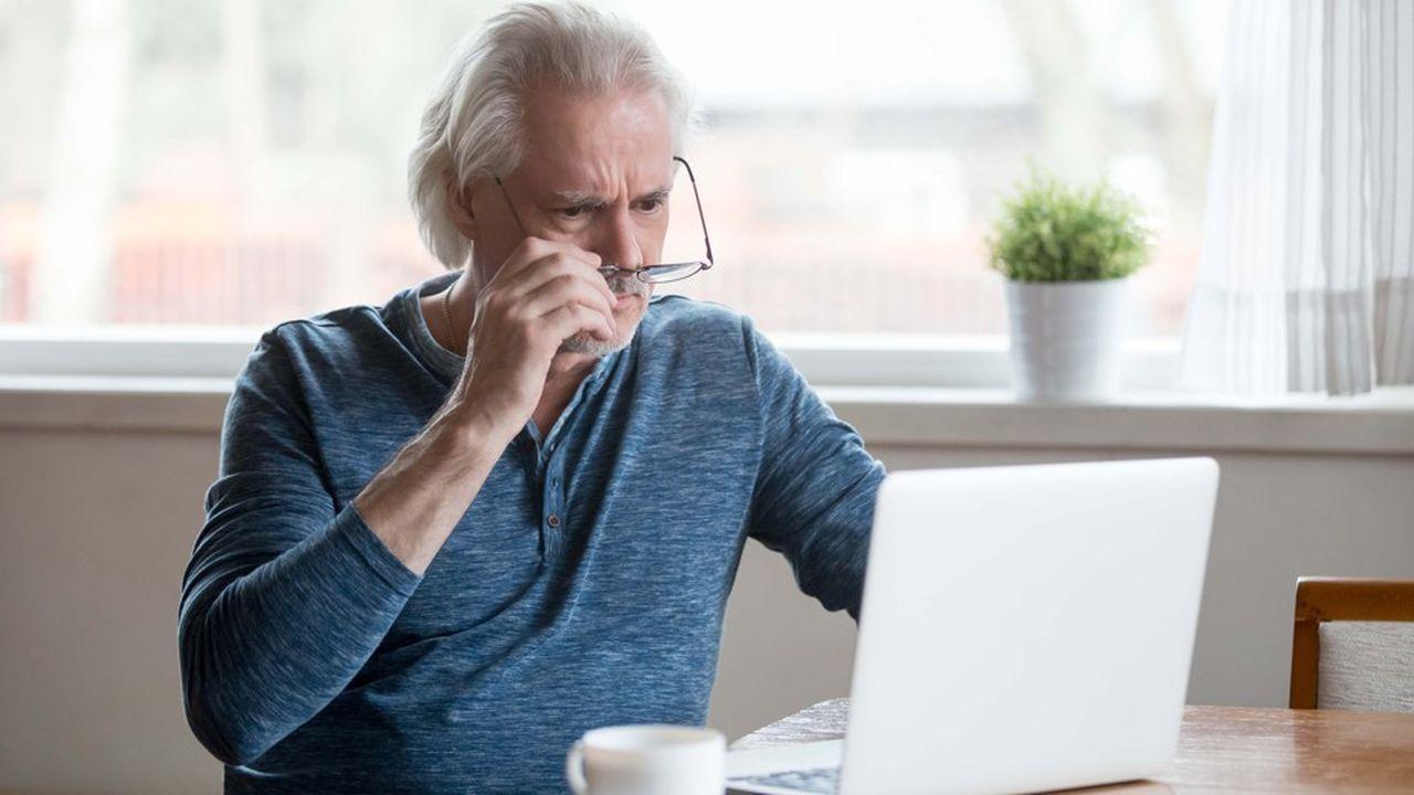 2208844_plus-dun-quart-des-seniors-ne-se-connectent-jamais-a-internet-web-tete-0302316543255.jpg
