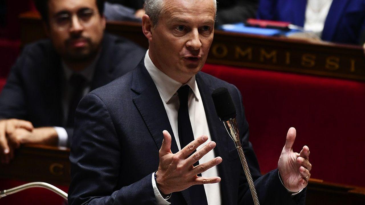 Bruno Le Maire a soutenu l'amendement visant à obliger les entreprises à publier dans la presse les sanctions dont elles ont fait l'objet pour non-respect des délais de paiement./AFP PHOTO/Philippe LOPEZ