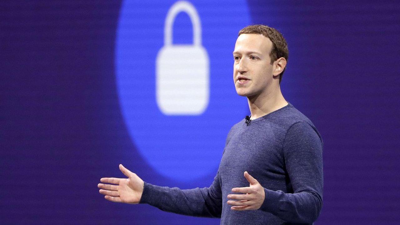 Facebook reconnaît utiliser des contacts de sécurité pour permettre aux annonceurs de mieux cibler leurs pubs, mais estime en informer les usagers de façon claire