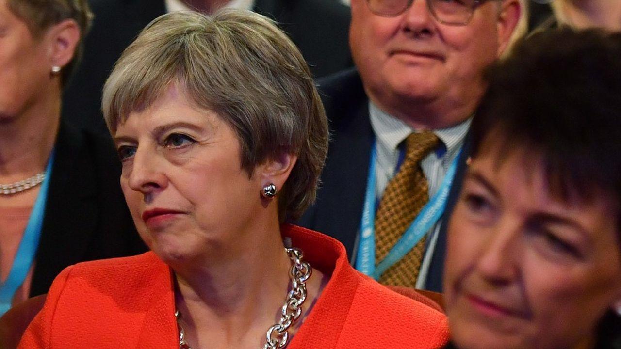 Au Congrès des conservateurs, à Birmingham, la Première ministre britannique, Thérésa May, devra faire face aux Hard Brexiter dont Boris Jonhson qui refusent son plan de Chequers.