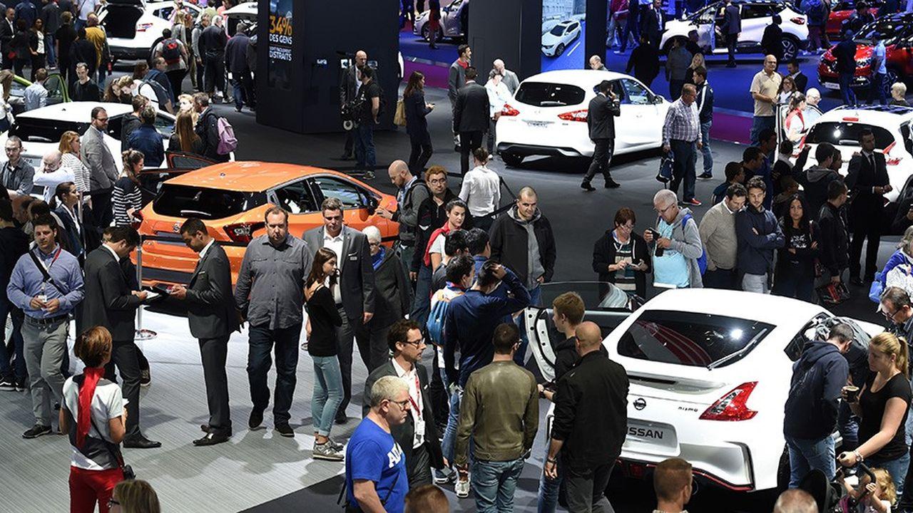 Au Mondial de Paris, les voitures électriques de Mercedes, PSA, Renault ou Tesla seront les vedettes des travées.