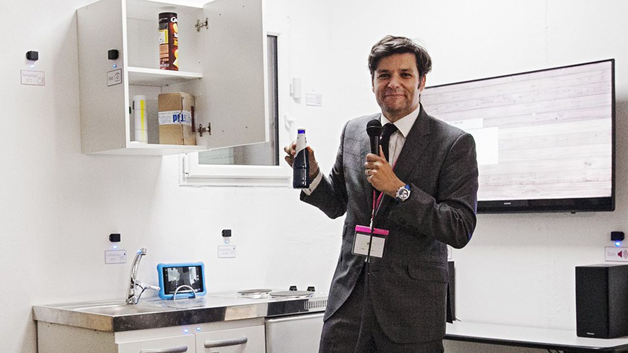 Malo Depincé, directeur adjoint du laboratoire Dynamiques du droit, attaché au CNRS et à l'université de Montpellier, dans l'appartement-observatoire.