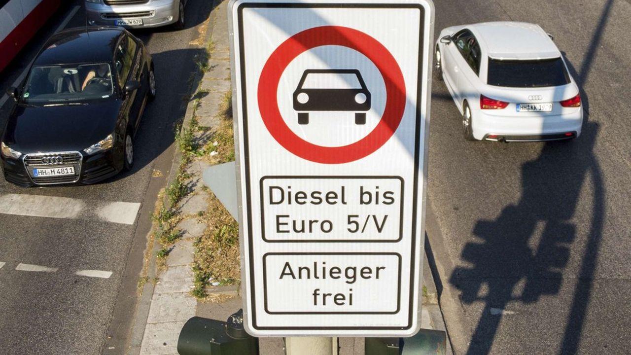 Berlin s'est retrouvé au pied du mur, alors que plusieurs tribunaux menacent d'interdire les diesels les plus nocifs dans des centres-villes très pollués