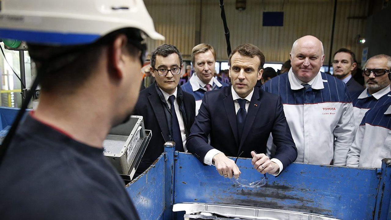 Emmanuel Macron sur le site de Toyota d'Onnaing, près de Valenciennes.