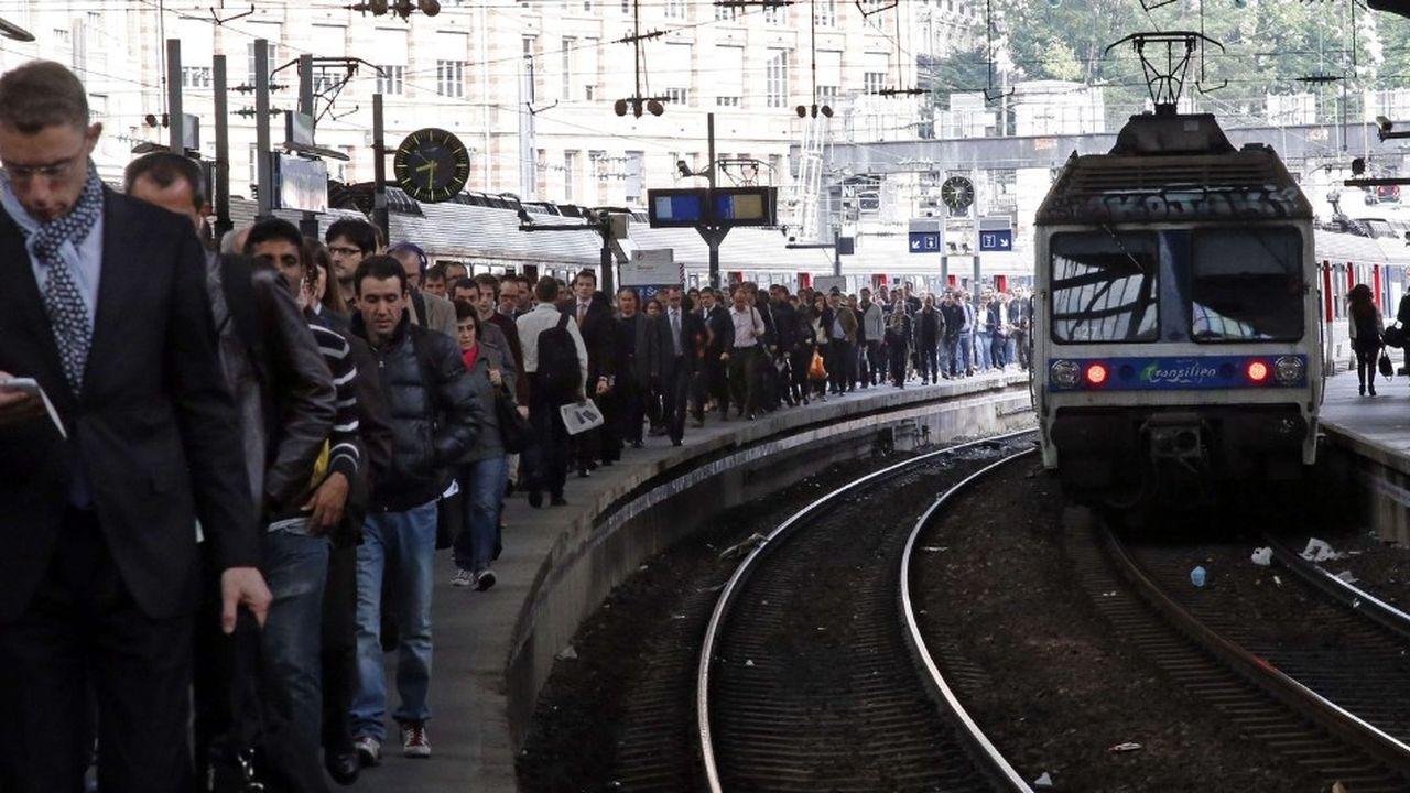 Rendre les transports collectifsgratuits en Ile-de-France est une idée qui présente davantage d'inconvénients que d'avantages, conclut le rapport du comité d'experts indépendants