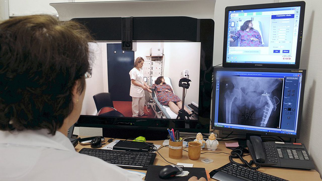 L'expérimentation de téléconsultations médicales annoncée par AXA et la région Hauts-de-France doit commencer le 1erjanvier prochain avec la communauté de communes des Sept-Vallées, dans le Pas-de-Calais, qui souffre d'une pénurie de médecins.