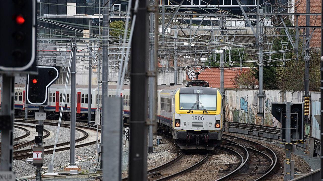 Le coût du nettoyage des trains belges a été l'an dernier deux fois élevé plus qu'en 2014 et quatre fois plus qu'en 2010