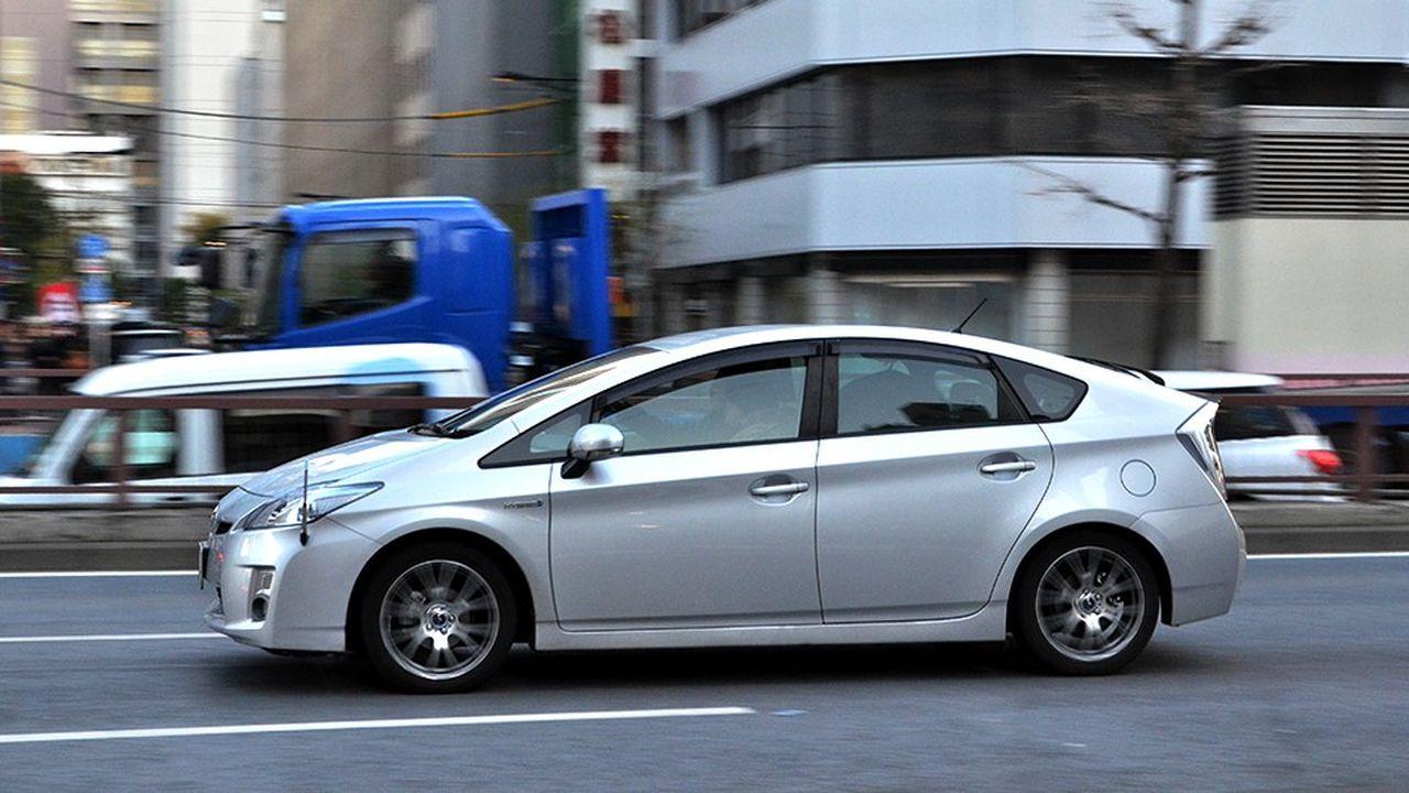 2211258_toyota-rappelle-plus-de-2-millions-de-vehicules-hybrides-web-tete-0302359024576.jpg