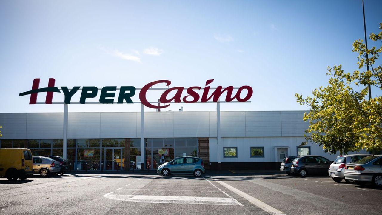 Le sort de 20 hypermarchés est à l'étude dans le groupe Casino.