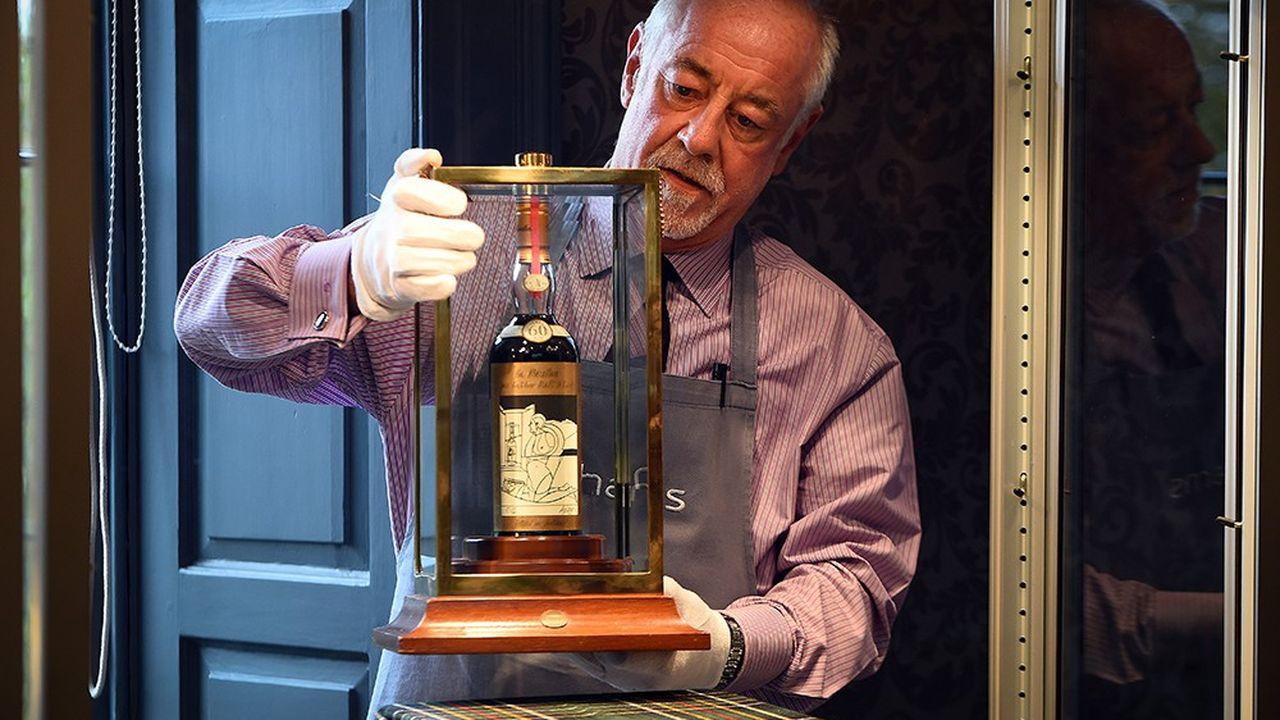 2211384_le-whisky-le-plus-cher-du-monde-vendu-aux-encheres-a-edimbourg-web-tete-0302354268614.jpg