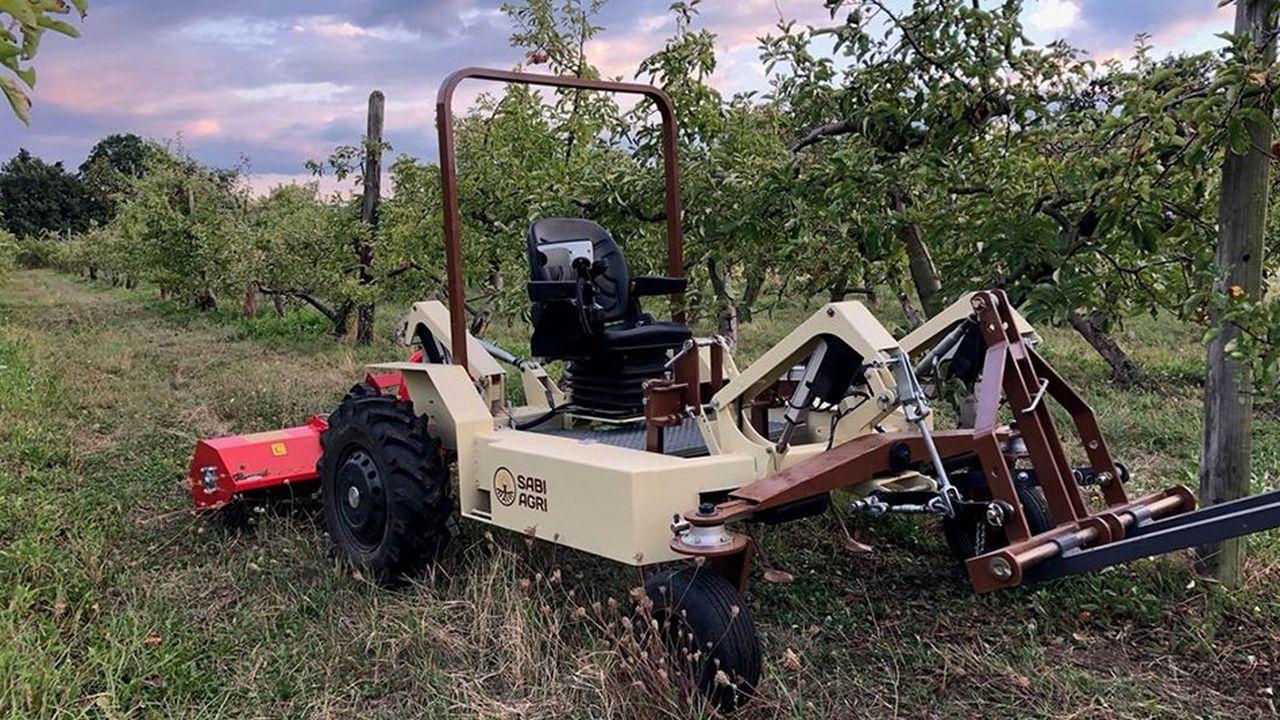 2212546_sabi-agri-lance-son-tracteur-electrique-personnalisable-web-tete-0302379417838.jpg