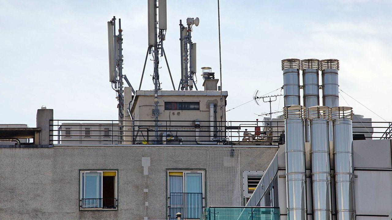L'intolérance aux ondes électromagnétiques n'est pas reconnue comme maladie professionnelle en France.