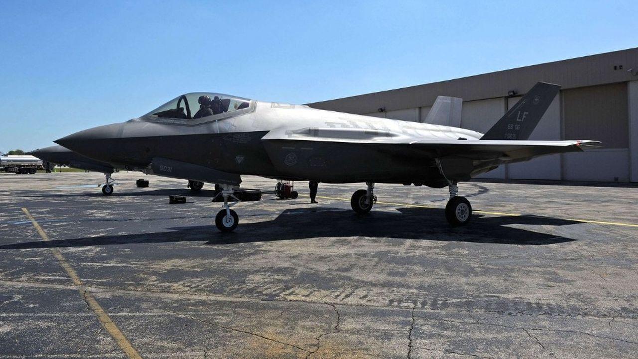 Le F35, produit par le constructeur aéronautique américain Lockheed Martin, est actuellement utilisé par les armées israélienne, britannique et américaine.