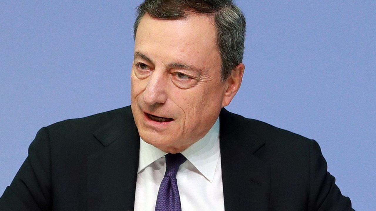 Mario Draghi a exhorté Rome à revenir au calme sur son projet de budget et mis en garde sur une remise en cause de l'euro.