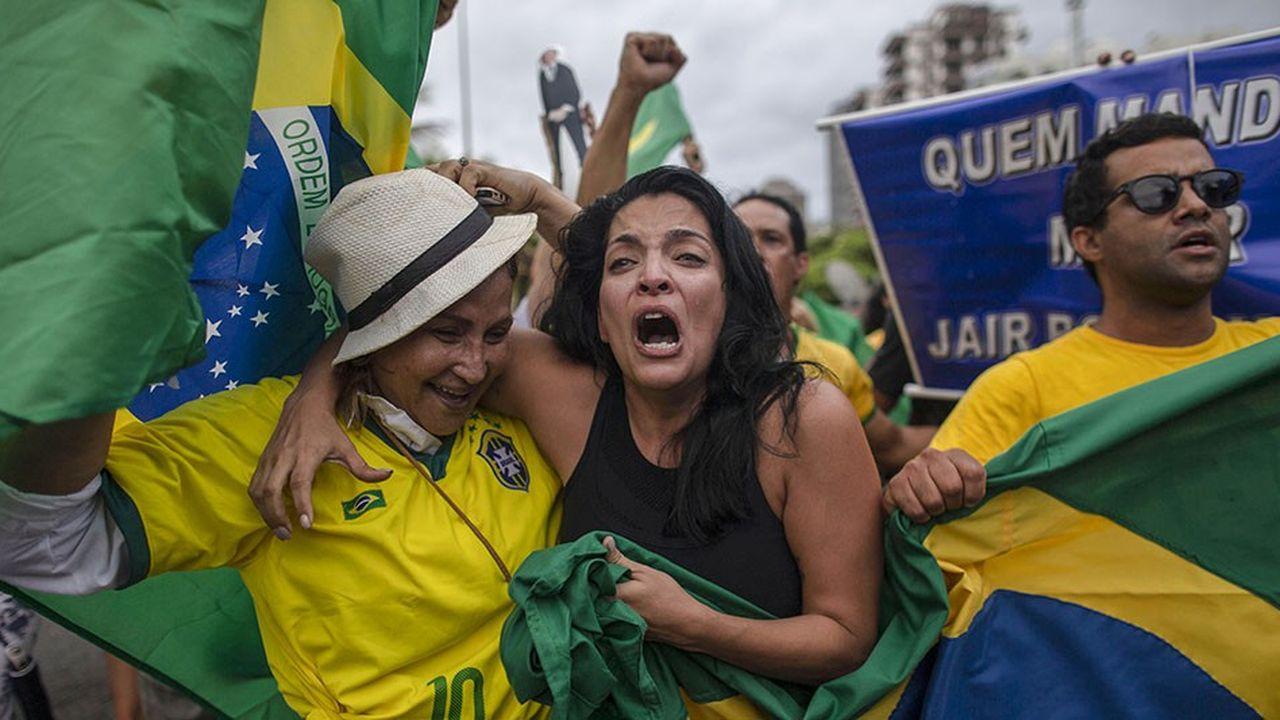 En cet automne 2018, le Brésil devrait rejoindre le cercle, toujours plus large, des régimes autoritaires, ou des démocraties illibérales.