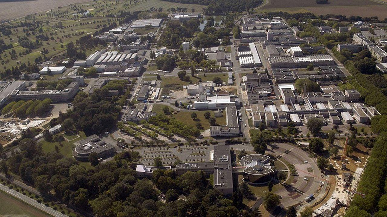 Historiquement dédié à l'énergie nucléaire et basé à Saclay (Essonne), le CEA entend donner un peu plus corps aux «énergies alternatives», ajoutées à sa mission - et à son sigle - à la fin 2009.