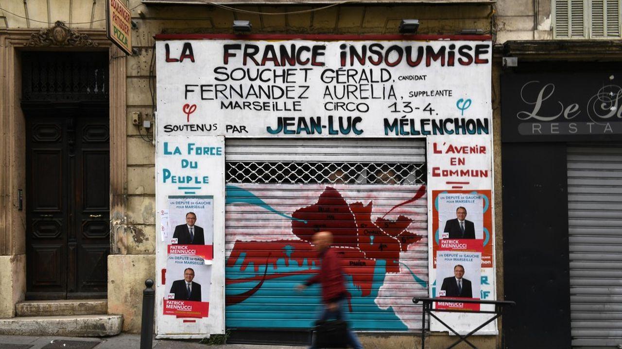 LFI dénonce un «coup de force politique, policier et judiciaire contre Jean-Luc Mélenchon et La France insoumise»