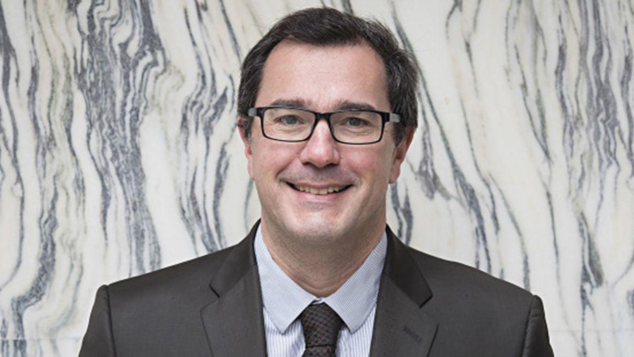 Olivier Rouquan est professeur à l'Institut supérieur de management public et politique.