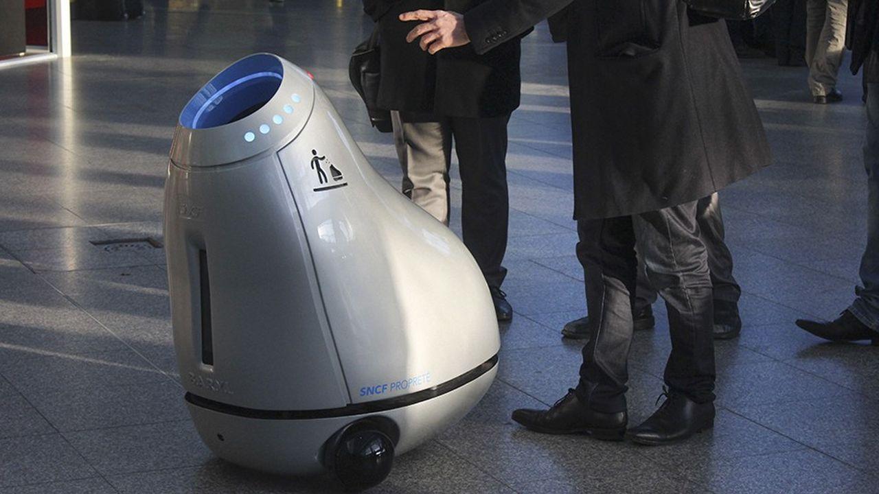 Le robot poubelle BARYL soumis au test des voyageurs des gares de la SNCF.