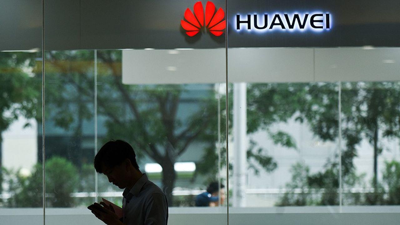 Avec le Mate 20 Pro, Huawei se lance sur le créneau des smartphones à plus de 1.000euros.