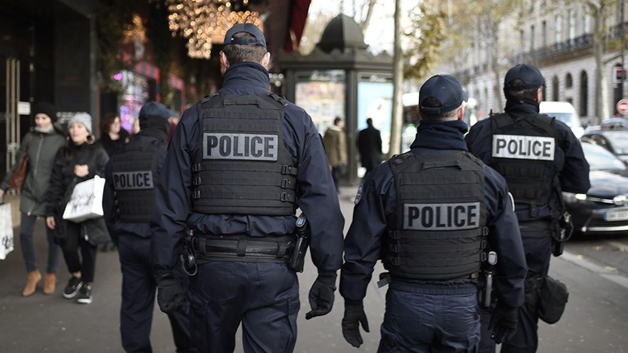 Depuis les attentats de novembre2015 et le renforcement de la législation sécuritaire, la pression ne s'est jamais relâchée sur les 150.000 policiers et les 103.000 gendarmes.