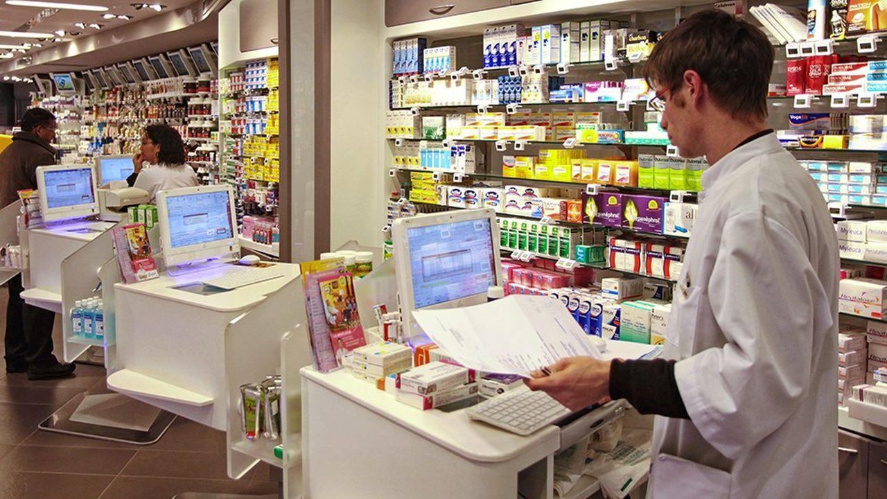 Les pharmaciens peuvent déjà vacciner contre la grippe dans certaines régions et réaliser des bilans de médication pour les personnes âgées.