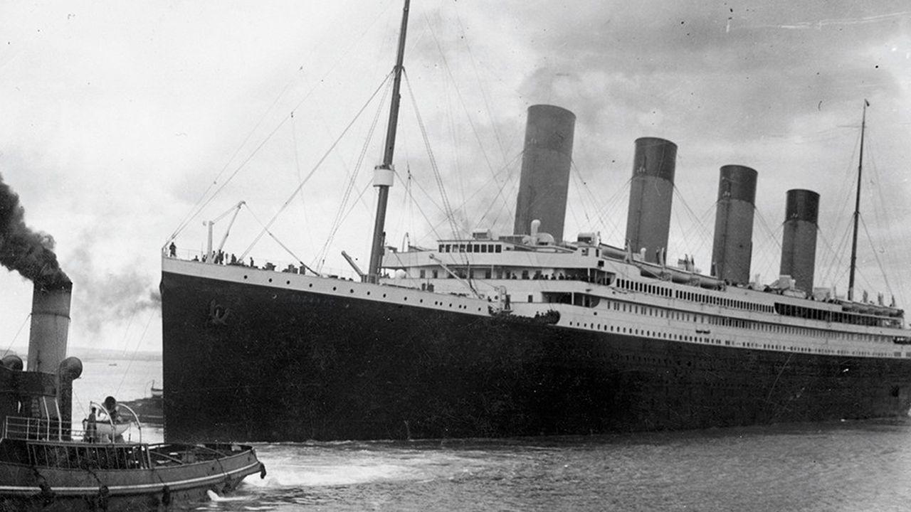 Le paquebot le Titanic a coulé le 15 avril 1912 après avoir heurté un iceberg