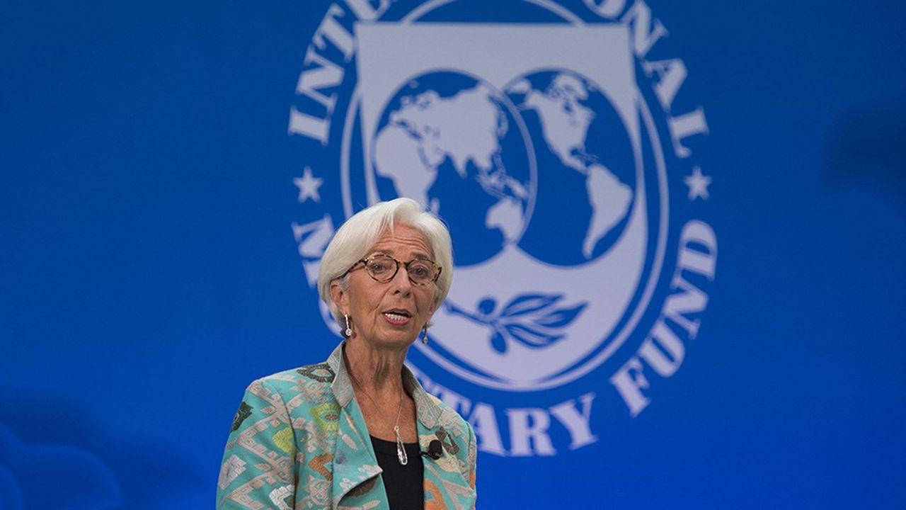 Dans ses dernières perspectives économiques, le FMI que dirige Christine Lagarde, s'interroge sur les effets de concentration sur certains marchés et appelle à d'autres travaux.