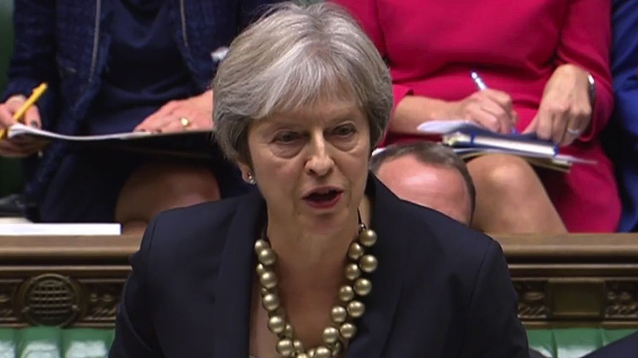 2215740_brexit-may-toujours-confrontee-a-son-parti-web-tete-06017374332.jpg