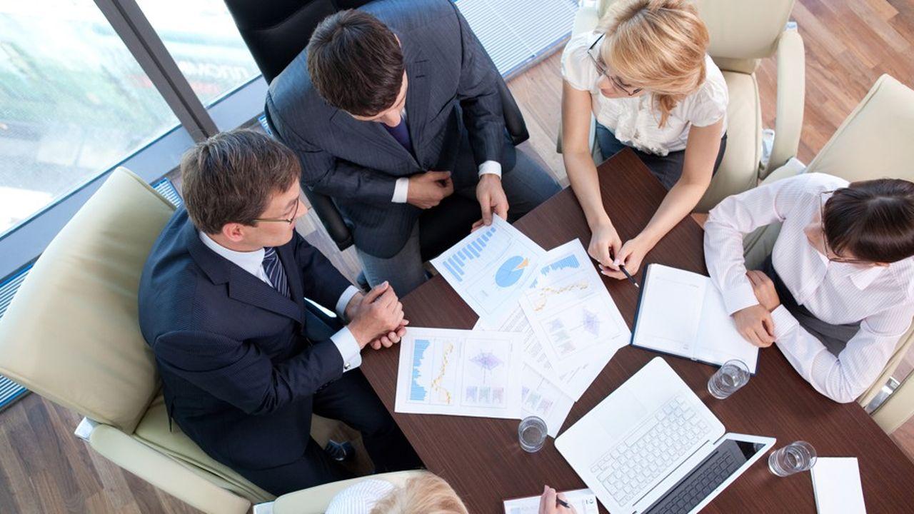 Au troisième trimestre, 63% des entreprises de plus de 100 salariés «ont recruté au moins un cadre», indique l'Apec