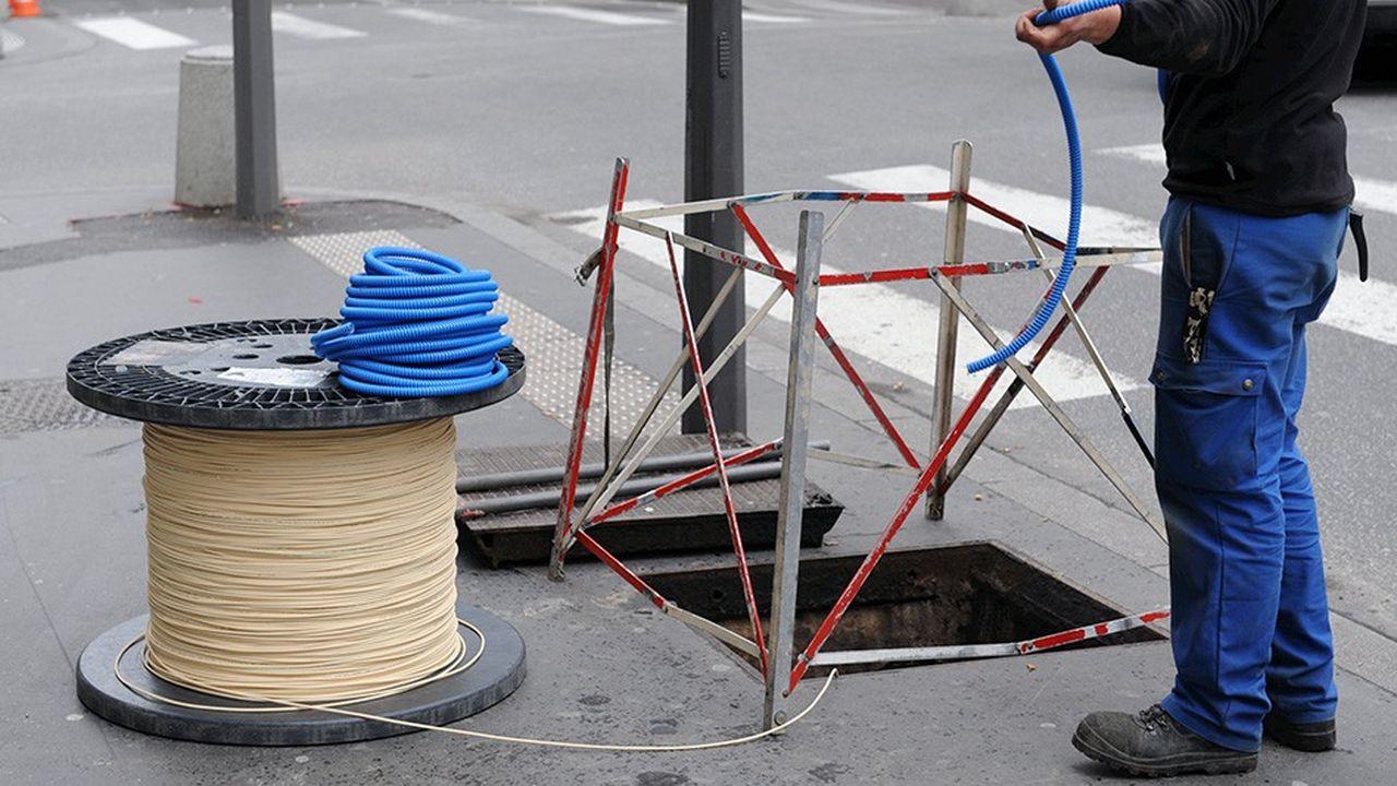 Les chantiers d'installation de la fibre patinent également à cause des tensions dans l'approvisionnement en fibre mais surtout dans les difficultés d'embauche.