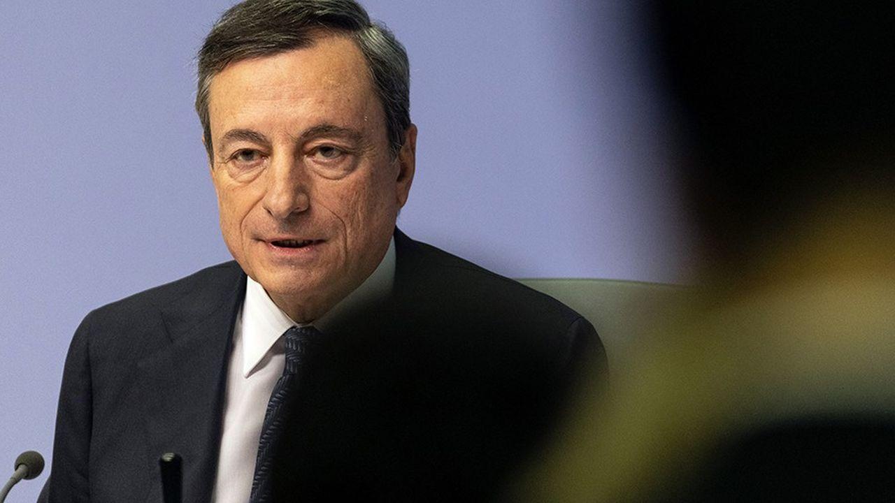 Mario Draghi est resté prudent sur la situation italienne, appelant de ses voeux un accord entre Rome et Bruxelles et relativisant les conséquences financières, à ce stade, du bras de fer.