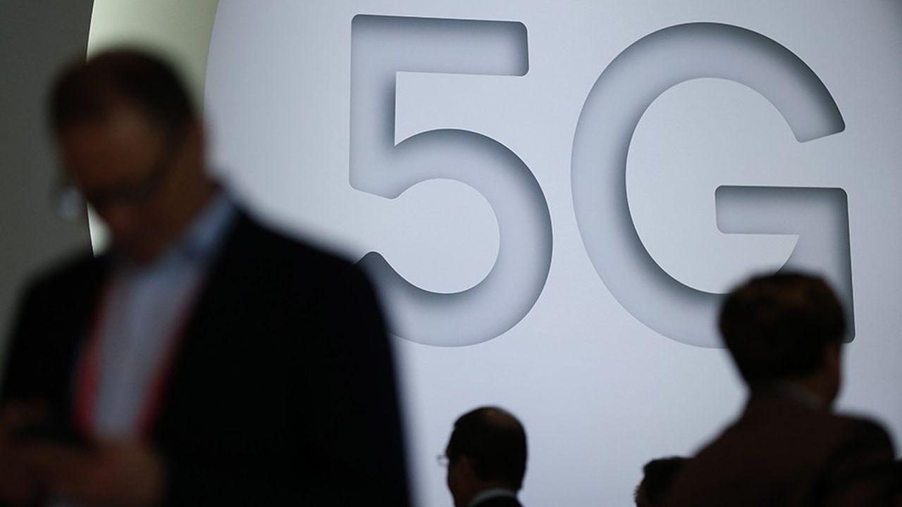 Promesse d'un Internet ultra-rapide, la 5G va démultiplier les débits sur les réseaux et connecter un nombre quasi illimité d'objets.