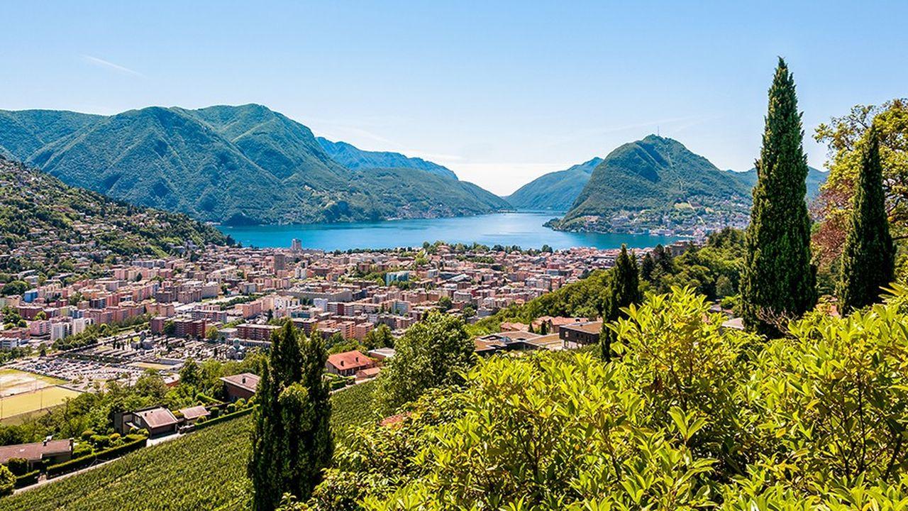 C'est depuis la filiale suisse de la Lloyds Bank à Lugano que le trader Marco Colombo perdit beaucoup sur les devises en 1974.