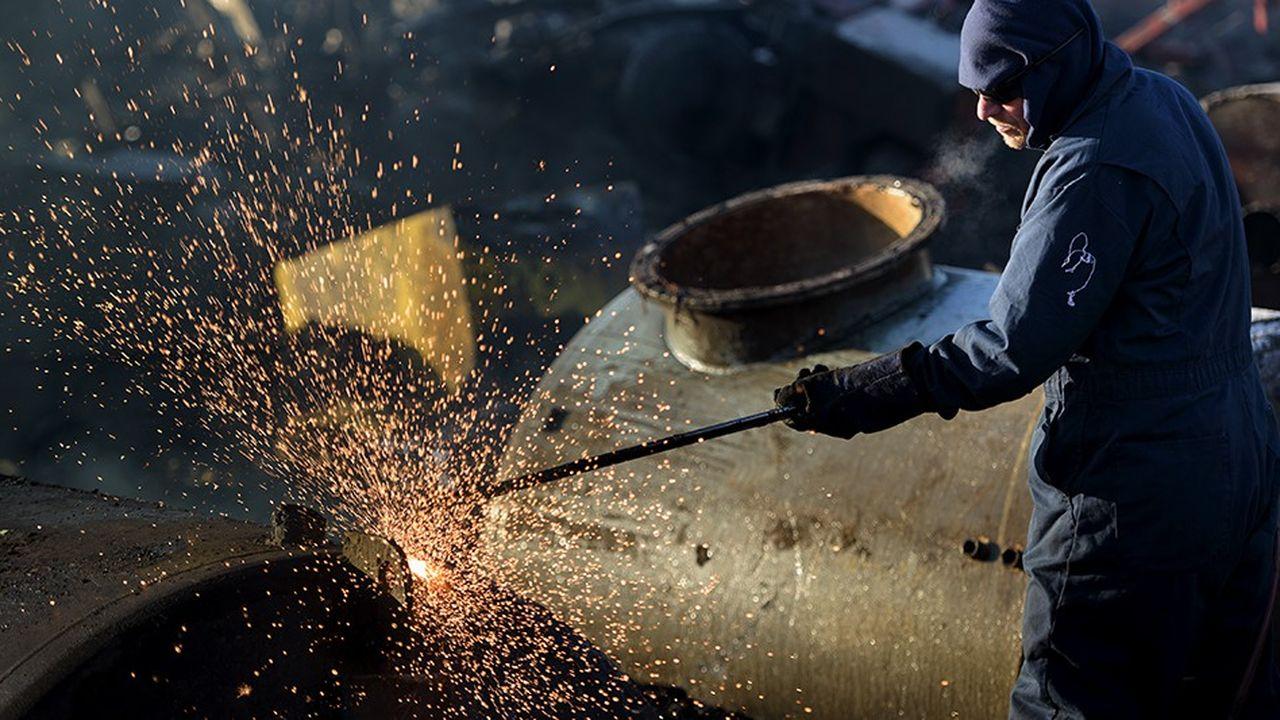 La Chine, l'Union européenne et les Etats-Unis s'affrontent à l'OMC sur les mesures américaines prises pour protéger les industries nationales de l'acier et de l'aluminium.
